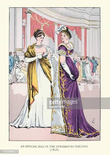 19世紀初頭の女性のファッション、ボールのためのイブニングガウン - 1800~1809年点のイラスト素材/クリップアート素材/マンガ素材/アイコン素材