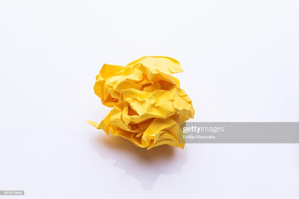 Yellow crumpled paper : ストックイラストレーション