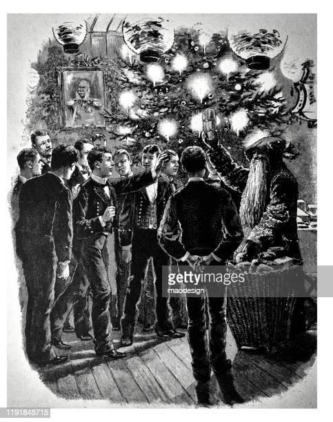 ilustrações, clipart, desenhos animados e ícones de os homens novos começ presentes de santa em torno da árvore de natal - 1887