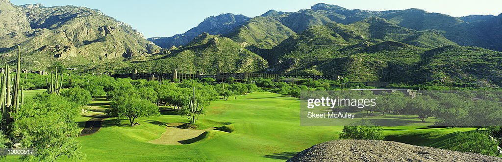 CLUBHOUSE AT VENTANA CANYON IN TUCSON, ARIZONA : Stock Photo