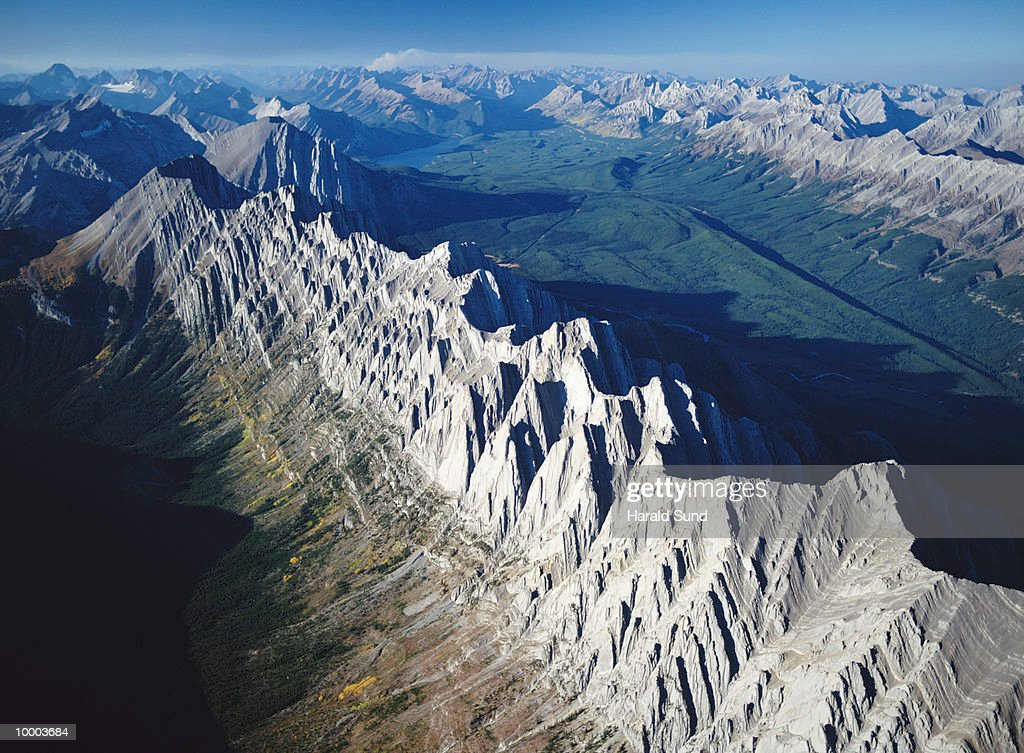 MOUNTAINS AT ELK LAKES PROV. PARK IN BRITISH COLUMBIA IN CANADA : Stock Photo