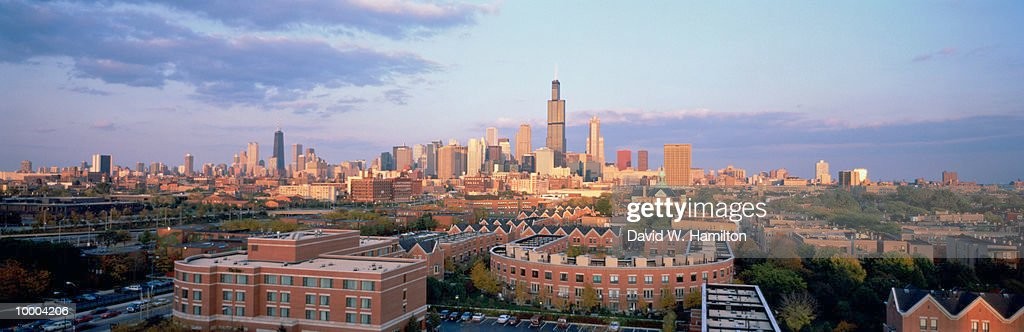 CITY SKYLINE IN CHICAGO, ILLINOIS : Stockfoto