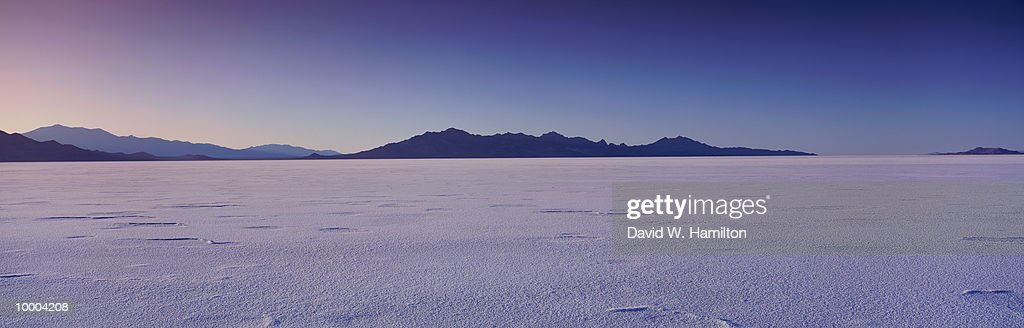 SALT BASIN IN WENDOVER, UTAH : Stockfoto