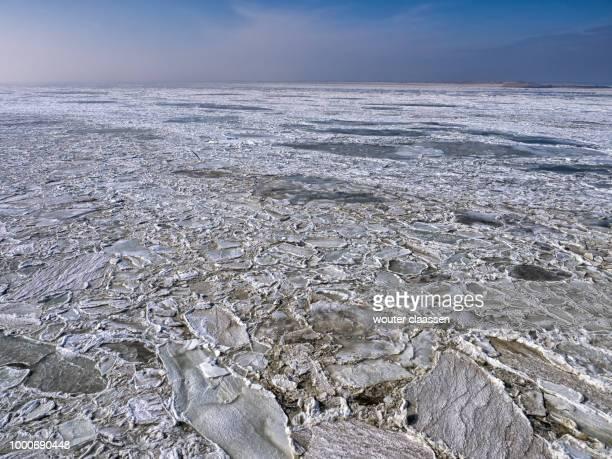 bevroren wadddenzee - bevroren ストックフォトと画像