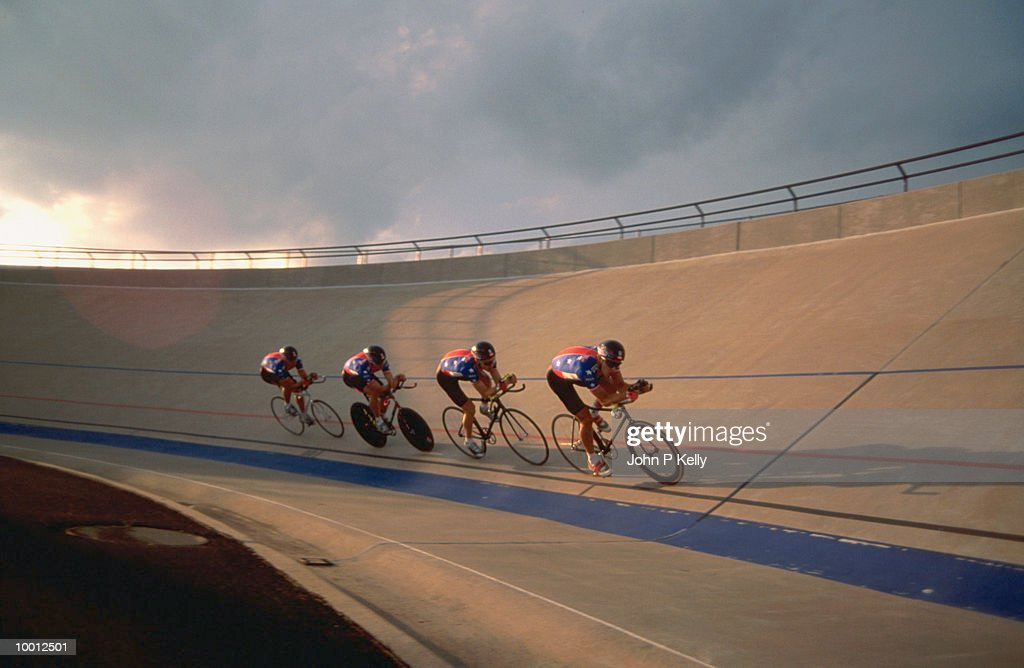 TRACK CYCLING : Stock Photo