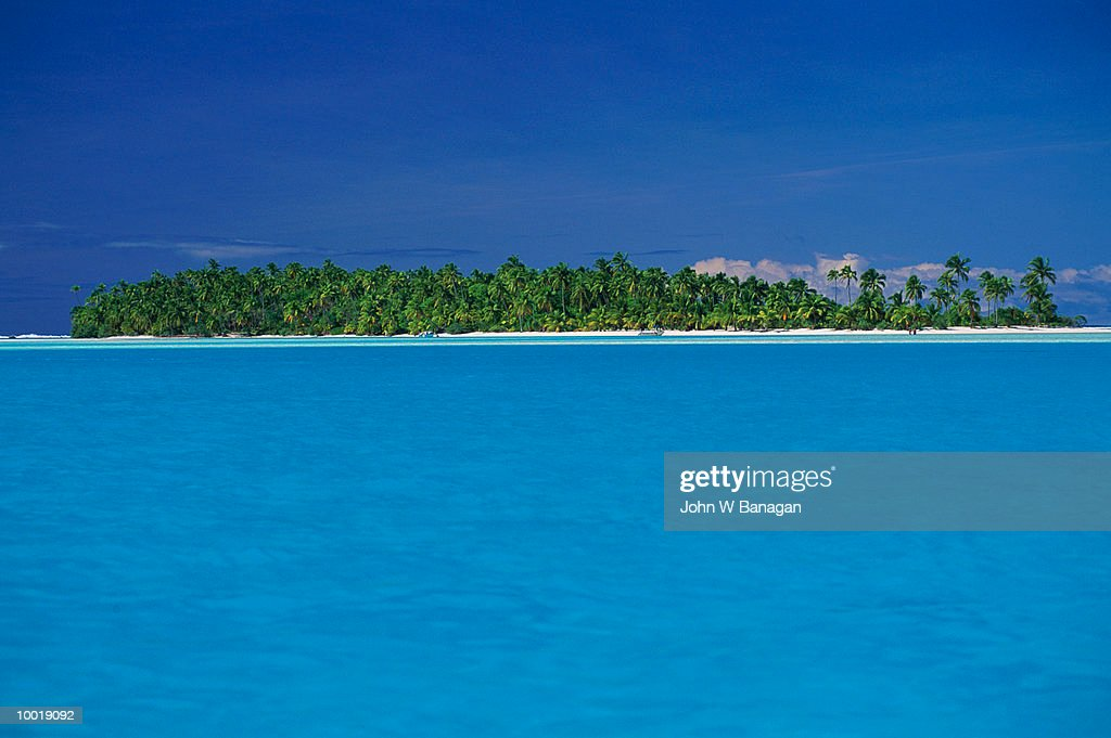 LAGOON AT AITUTAKI IN THE COOK ISLES IN POLYNESIA : Stockfoto