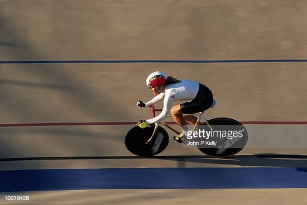 TRACK CYCLING IN COLORADO SPRINGS, COLORADO