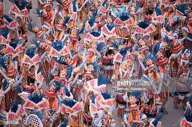 brazilian carnival in rio de janeiro,brazil - karneval von rio de janeiro stock-fotos und bilder