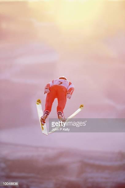 ski jumper in mid-air - スキージャンプ ストックフォトと画像