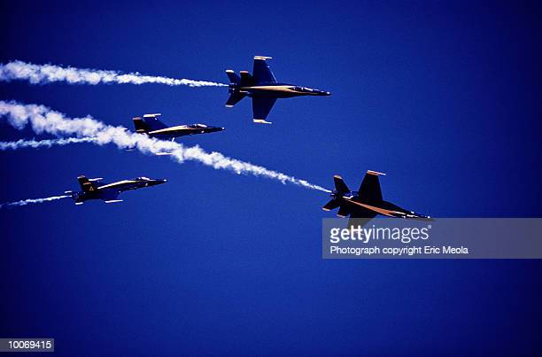 blue angels in fa-18 fighter - blue angels stock pictures, royalty-free photos & images