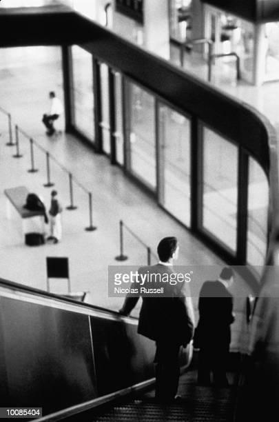 AIRPORT SCENE IN HOUSTON