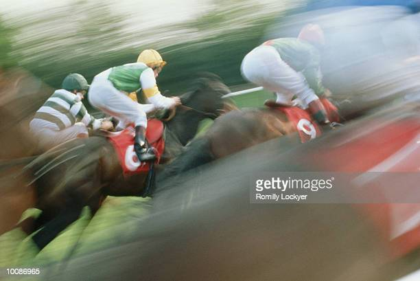 horse racing in england - racehorse stock pictures, royalty-free photos & images