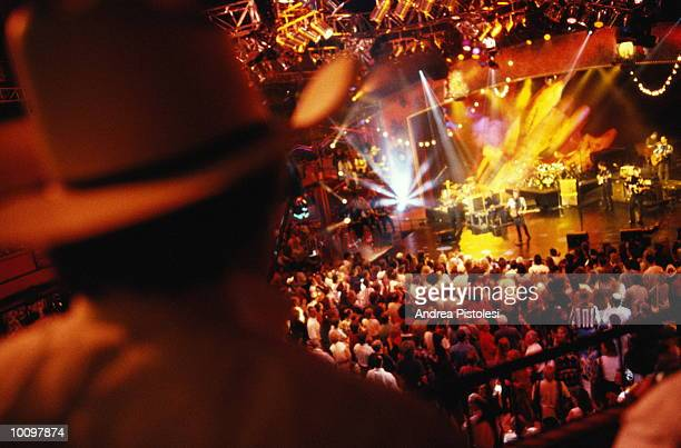 wildhorse saloon, nashville, tennessee - nashville stock pictures, royalty-free photos & images