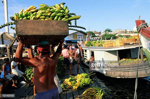 floating market in manaus, amazonas, brazil - manaus stock pictures, royalty-free photos & images