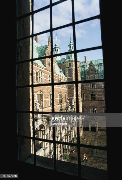 frederiksborg castle, denmark - hillerod stock pictures, royalty-free photos & images