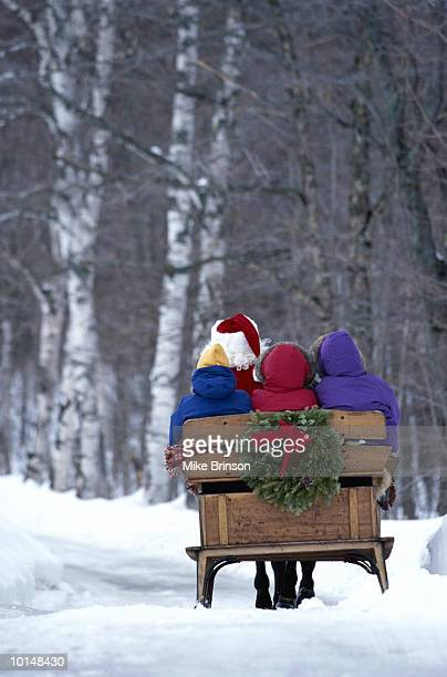 SANTA CLAUS DRIVING KIDS IN SLEIGH, VERMONT
