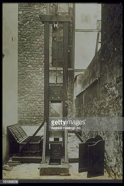 Guillotine Photos et images de collection | Getty Images