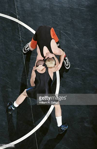 wrestling, young men - レスリング ストックフォトと画像