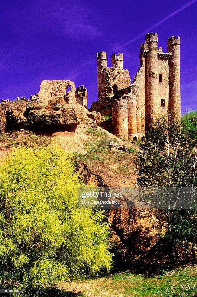 CASTLE OF VALENCIA DE DON JUAN, LEON, SPAIN : Stockfoto