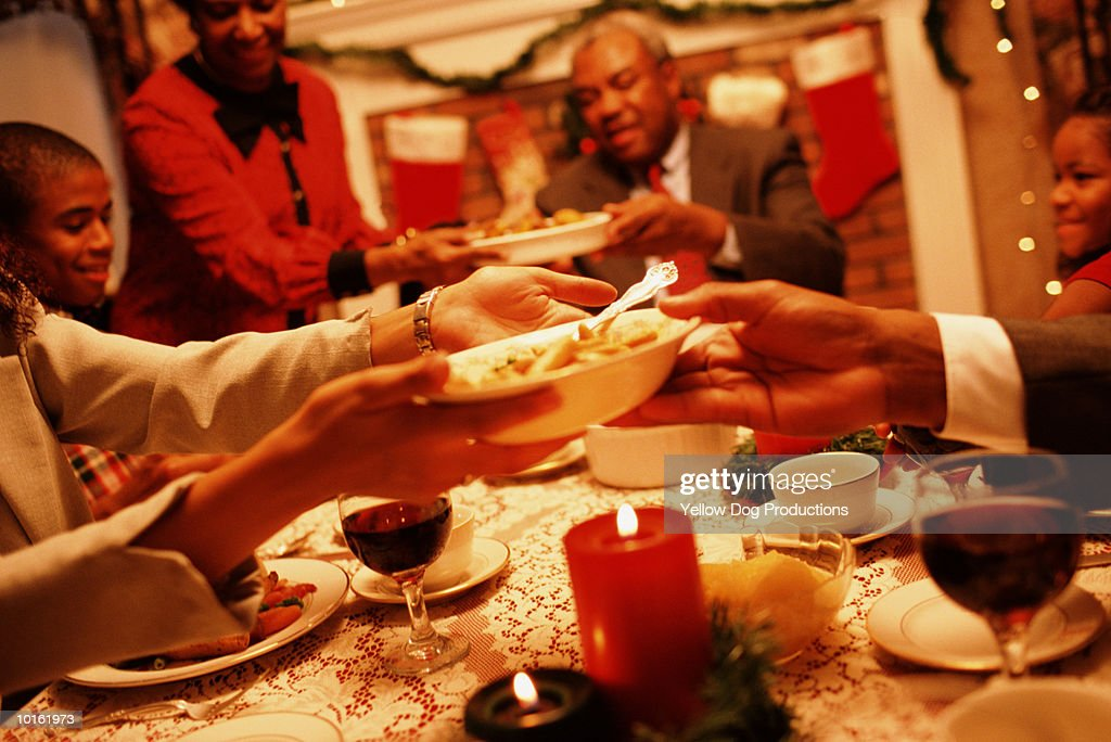 FAMILY, HOLIDAY DINNER, CHRISTMAS : Stock Photo