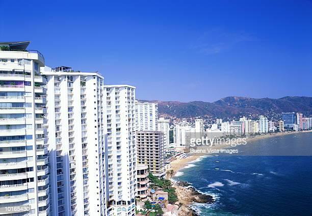 acapulco, mexico, hotels and beach - アカプルコ ストックフォトと画像