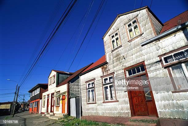 shingled house, puerto montt, chile - puerto montt - fotografias e filmes do acervo