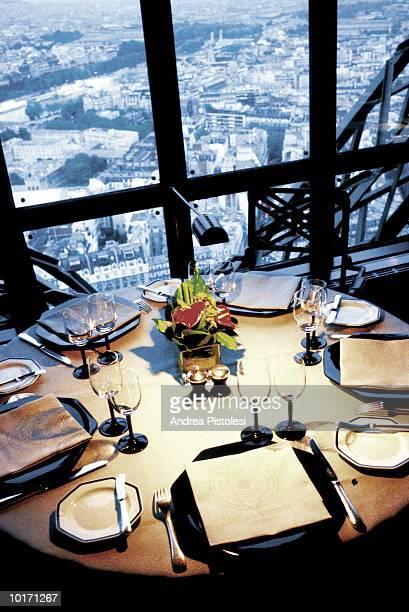 TABLE SETTING, PARIS, FRANCE