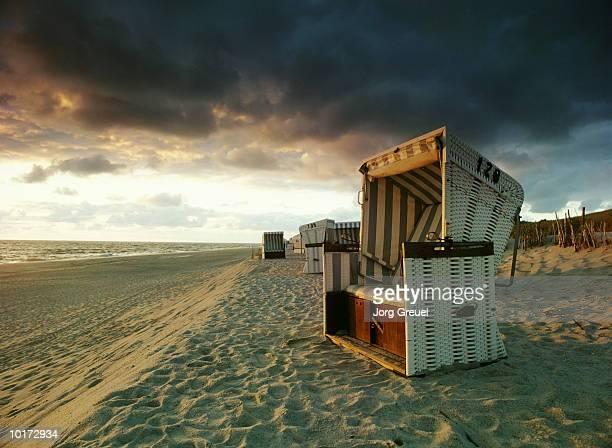 WICKER BEACH CHAIR, HORNUM, SYLT, GERMANY