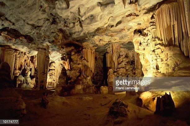 cango caves, western cape, south africa - província do cabo ocidental imagens e fotografias de stock