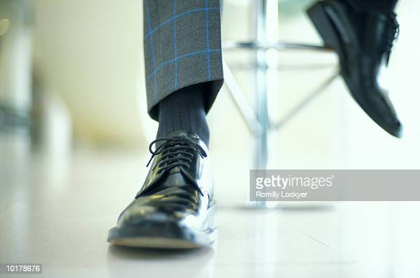 businessman shoes - nette schoen stockfoto's en -beelden
