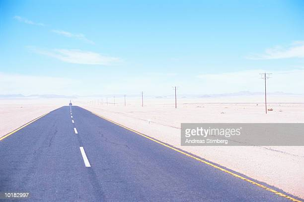 ROAD AND NAMIB DESERT, NAMIBIA