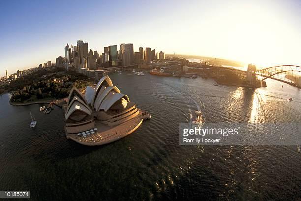 AUSTRALIA, SYDNEY HARBOUR, AERIAL VIEW