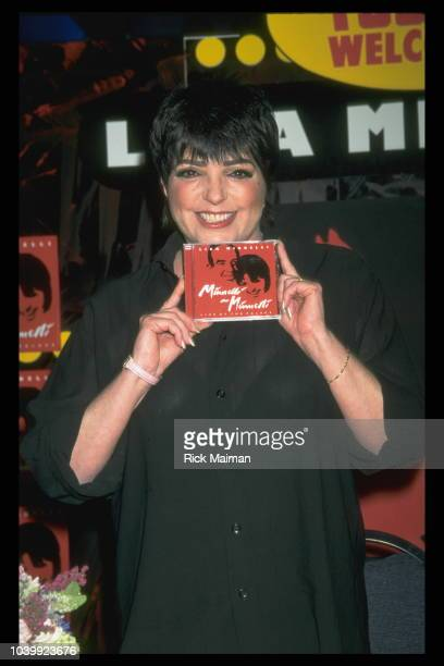 LIZA MINNELLI PRESENTS HER LATEST CD IN NEW YORK