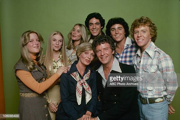 HOUR Airdate during November 1976 May 1977 SUSAN