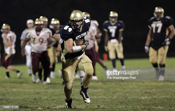 09/08/06 PHOTO BY : JOEL RICHARDSON 183648 HYLTON BEATS STONEWALL JACKSON ,,, HYLTON'S 84ERIC MARTIN W/ PASS RECEPTION SCORES EARLY IN THE 4TH 34 - 0