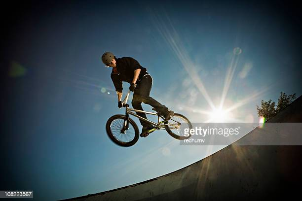 bmx air!! - bmx cycling stock pictures, royalty-free photos & images