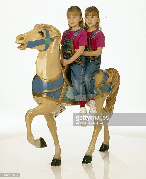 HOUSE Olsen Twins Gallery December 22 1993 MARYKATE OLSEN ASHLEY