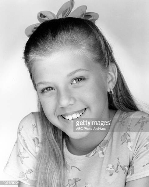 HOUSE Cast Gallery August 30 1993 JODIE