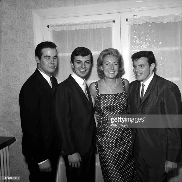 Unknown Dion Vera Lynn Del Shannon posed 1958