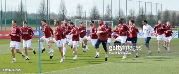 ENGLAND FOOTBALL TEAM TRAINING AT LONDON COLNEY. 24/3/09.