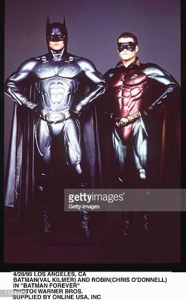 4/26/95 LOS ANGELS CA BATMAN AND ROBIN IN 'BATMAN FOREVER'