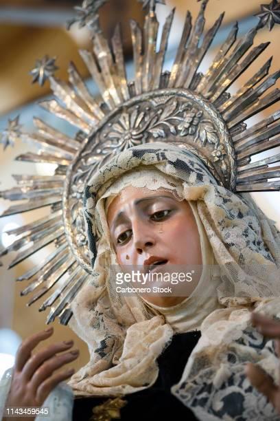 virgen maría de las penas - crown headwear stock pictures, royalty-free photos & images