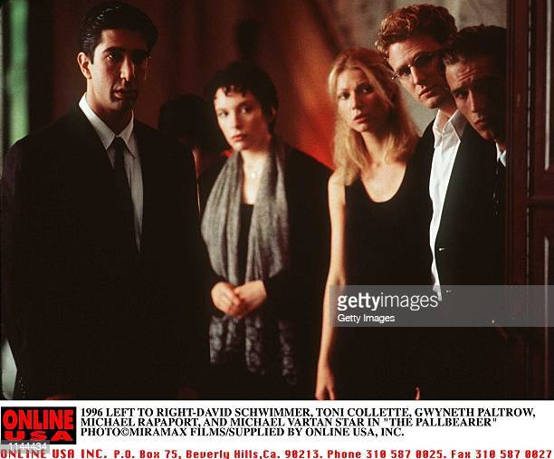1996 LEFT TO RIGHTDAVID SCHWIMMER TONI COLLETTE GWYNETH PALTROW MICHAEL RAPAPORT AND MICHAEL VARTAN IN THE PALLBEARER