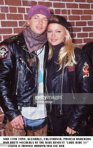 NOV 13TH 1994GLENDALE CALIFORNIAPAMELA ANDERSON AND BRETT MICHEALS AT THE AIDS BENEFIT LOVE RIDE 11