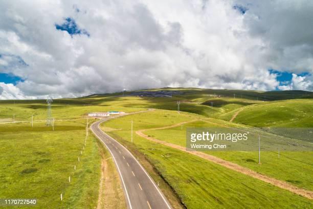 landscape in sichuan province - altopiano foto e immagini stock