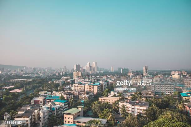 indian city drone shot mumbai - waterfront stock pictures, royalty-free photos & images