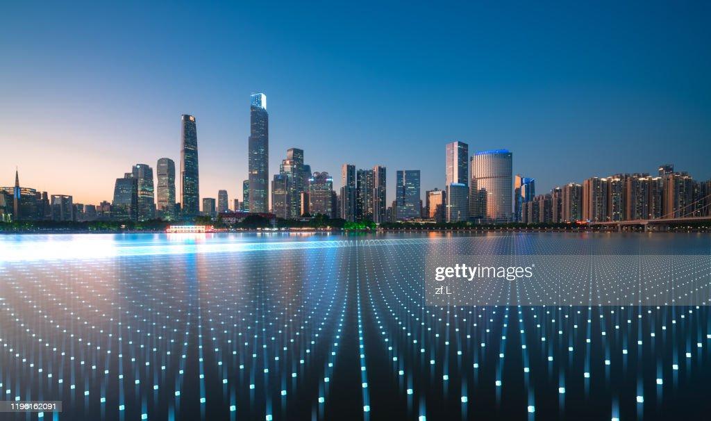 藍色網格線的城市天際線 : Photo