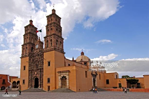 mexico and colonial mexico - dolores hidalgo stock pictures, royalty-free photos & images