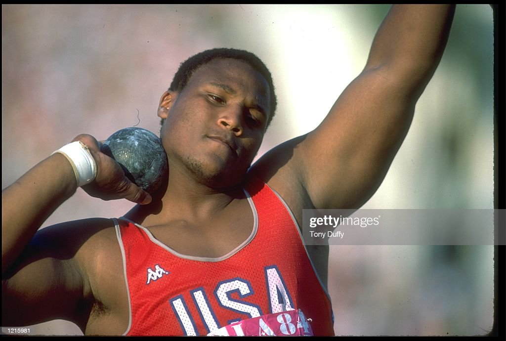 SHOT PUTT CARTER USA OLYMPICS : News Photo