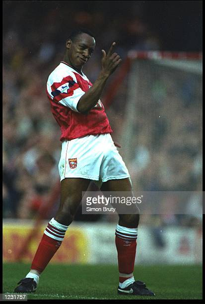 IAN WRIGHT OF ARSENAL CELEBRATES AFTER SCORING A GOAL AGAINST COVENTRY DURING THEIR PREMIER LEAGUE MATCH AT HIGHBURY ARSENAL WON THE MATCH 30